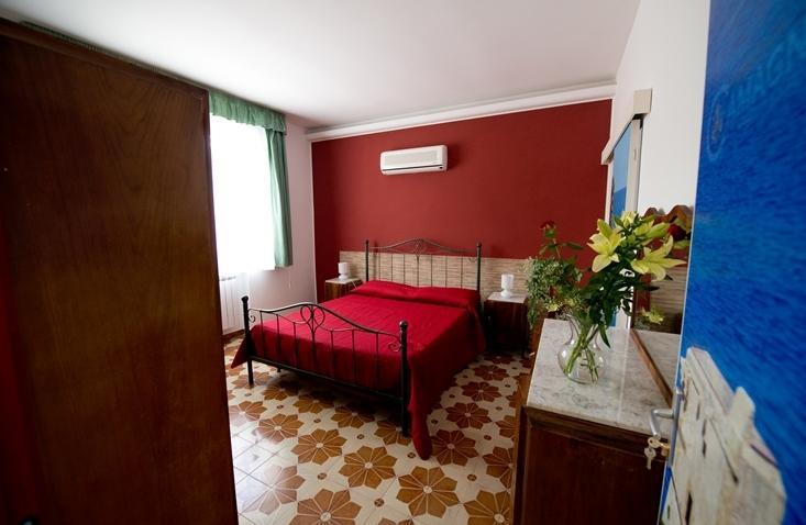 scopello room