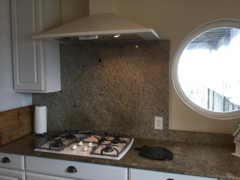 Gas cooktop and double oven