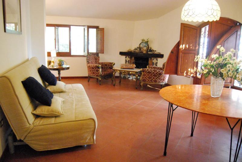 Salone con divano letto Casa Blu