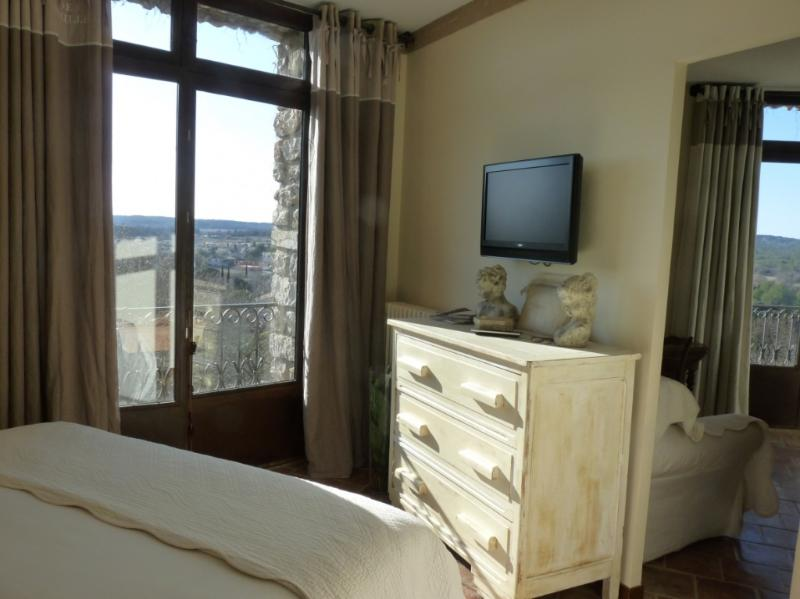 Bed & Breakfast - Montpellier - Bedroom La Suite, vacation rental in Teyran