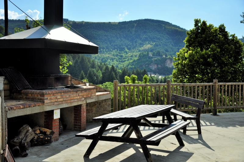 Domaine Aigoual Cévennes Confort 2/4 personnes, holiday rental in Camprieu