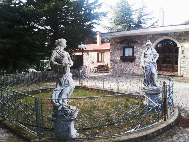 VILLA GARGANO BORGO ANTICO, alquiler vacacional en San Nicandro Garganico