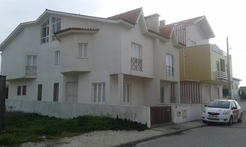 Costa Nova Beach House, holiday rental in Ilhavo