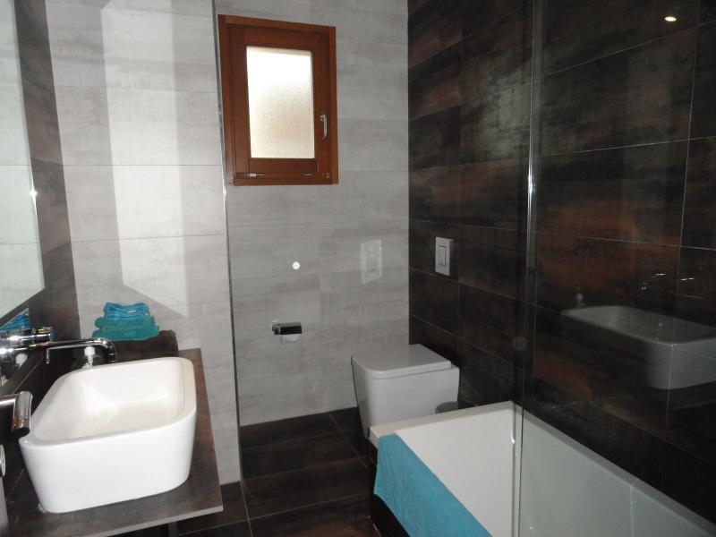 2º piso del baño.
