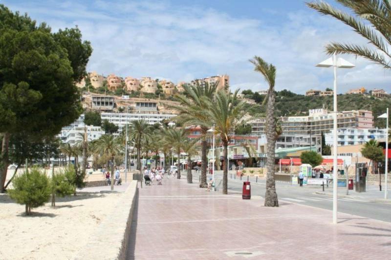Santa Ponsa promenade