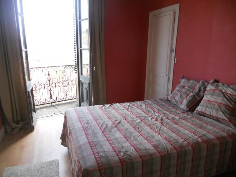 Schlafzimmer 3 -double Bett mit Südbalkon