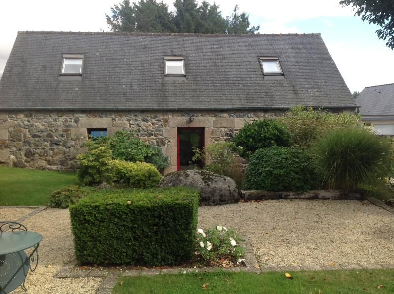 Presbytère centre Bretagne (Plourac'h), holiday rental in Carnoet