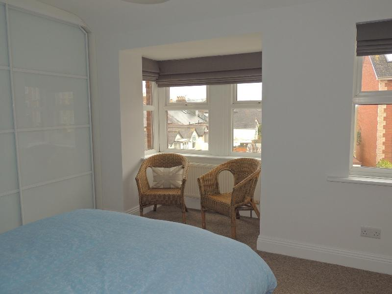 Bay window seating in main bedroom