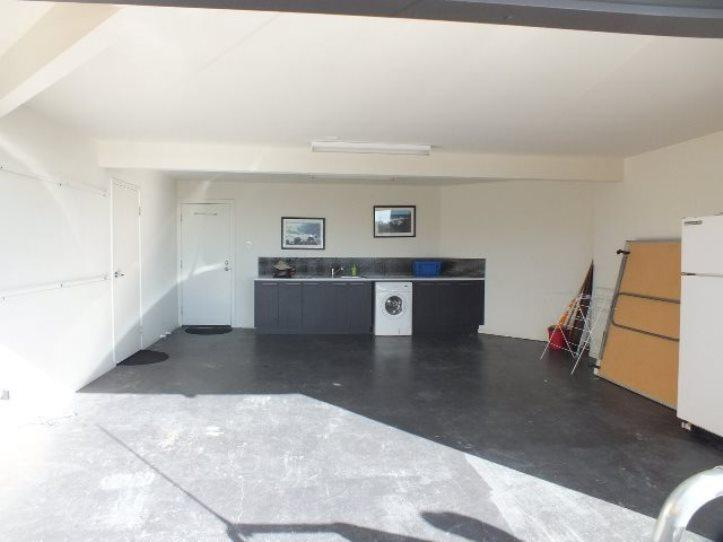 Double Garage with Ping Pong Table