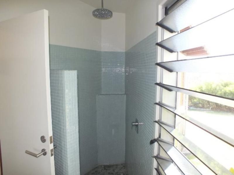 Mid Level - Ensuite with Rain Shower & Ocean Views