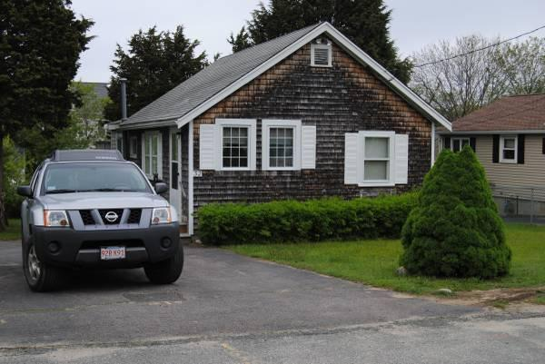 This charming bungalow allows up to 5 off-road parking spaces.