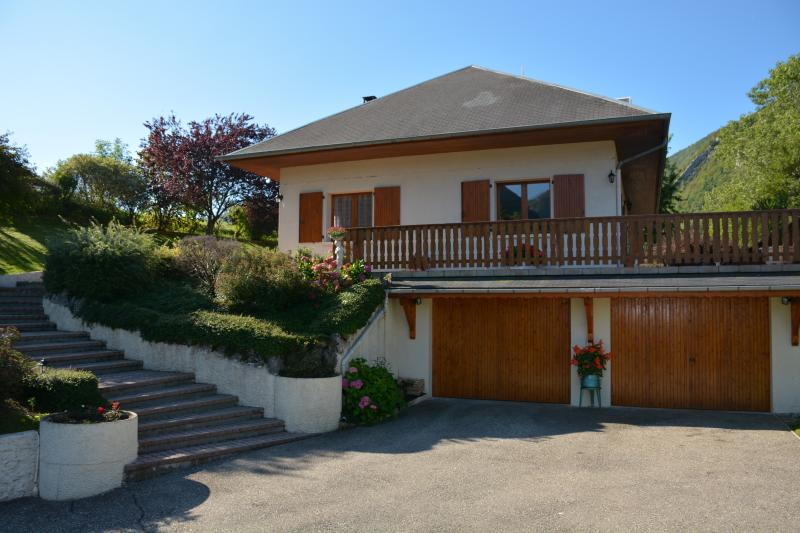 Au fil du Ruisseau B&B, holiday rental in Chamousset
