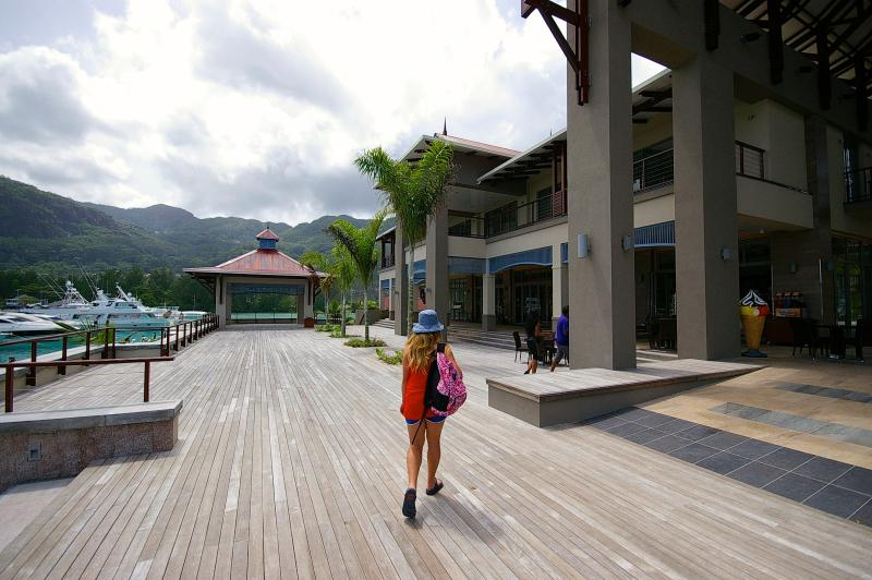 Eden Island is a kid's paradise, with 4 safe beaches, 2 pools, tennis courts and a retail centre