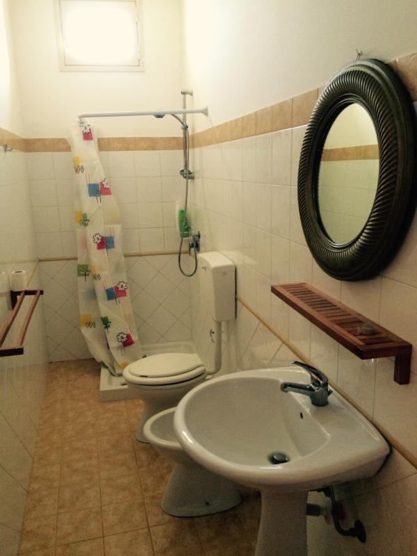 bathroom of the room n.5