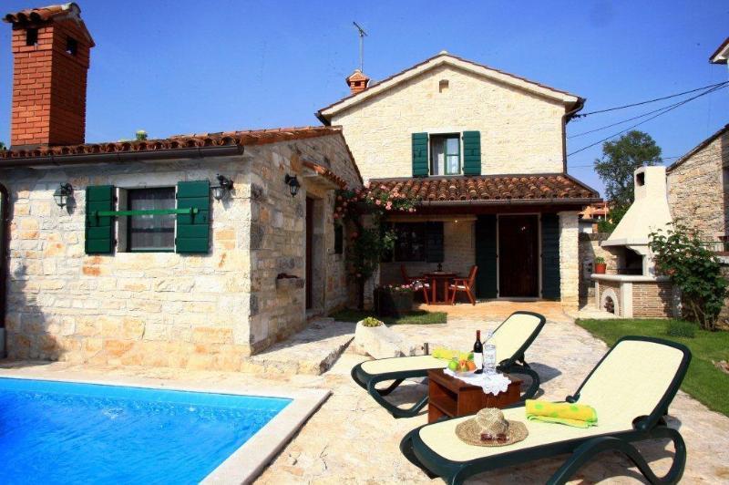 Vila in Basici Nr. Porec, Istria, Croatia, holiday rental in Tinjan