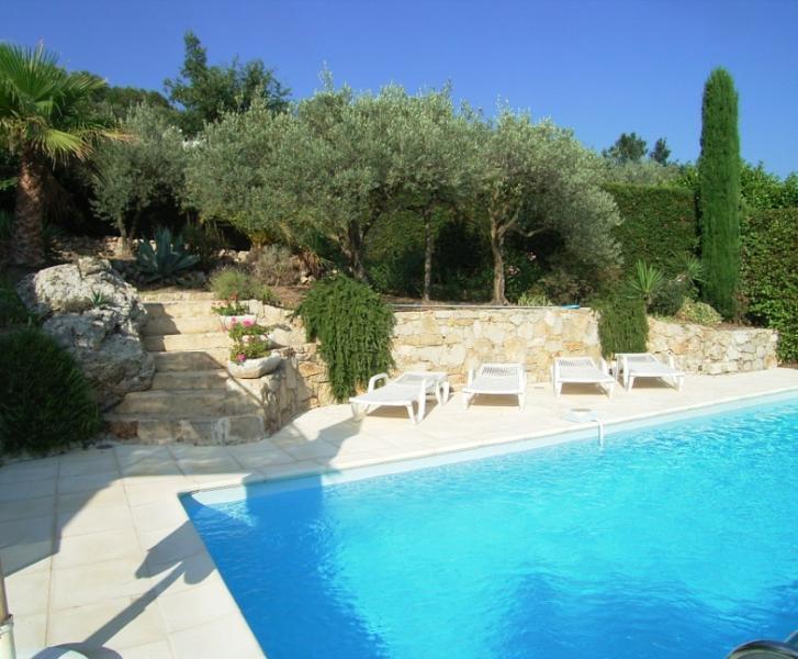 Family villa in Callas 3 bedrooms sleeps 6, holiday rental in Callas