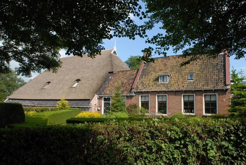 Holiday home Unia Zathe near Dokkum, monumental farmhouse