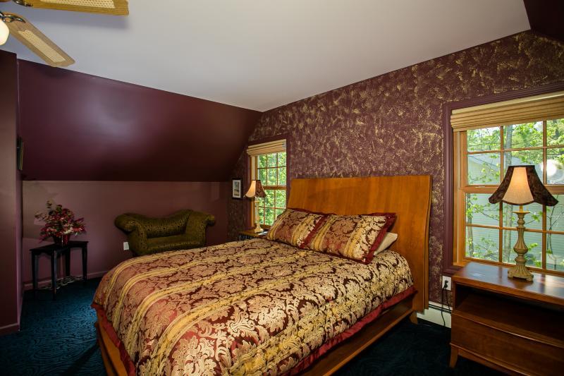 Dormitorio principal en 2 º piso (vista 2)