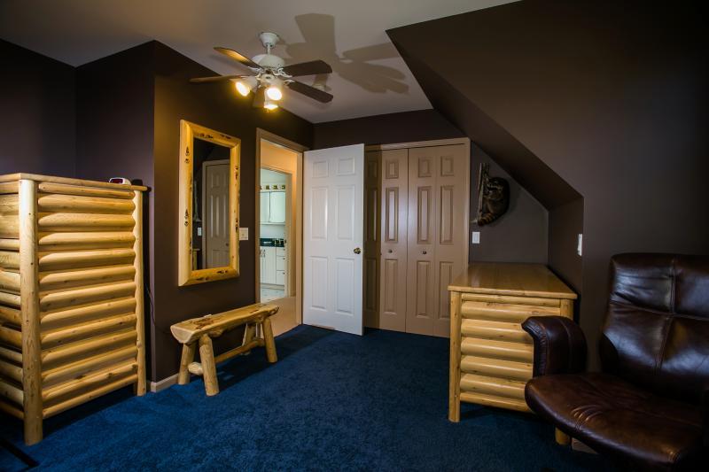 Dormitorio #2 en 2do piso con doble tamaño literas (vista 1)