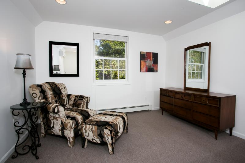 Dormitorio #3 en 2 º piso (vista 2)