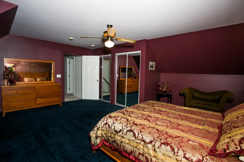 Dormitorio principal en 2 º piso (vista 3)