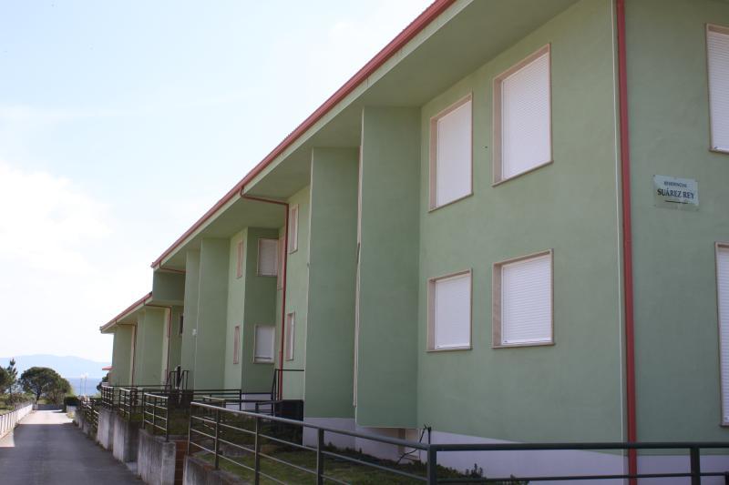 Edificio desde la carretera general