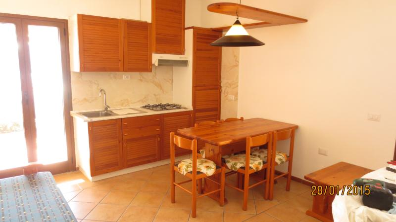 Appartamento località Porto Mannu-Capo d'orso, holiday rental in Palau