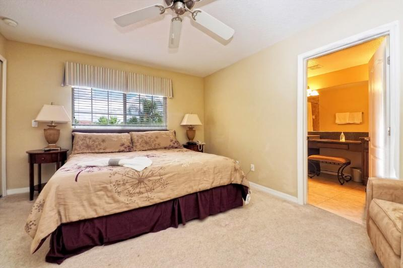 Spacious Master Bedroom 2 with King Size Bed and en-suite bathroom