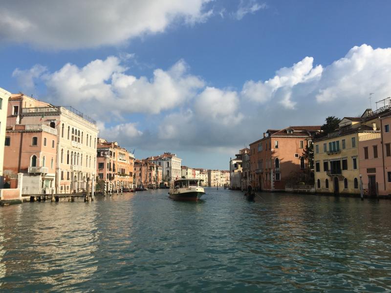 Venedig (60min Fahrt/Zugfahrt)