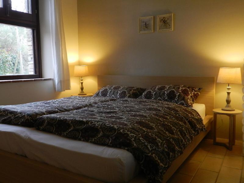 Rosa nel Pozzo/apartment ' Olive ': the bedroom