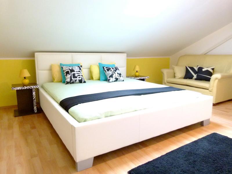 Bedroom 2 - wake & shine!