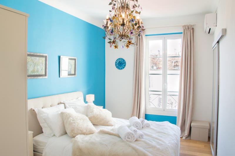 SunlightProperties LEGEND: Duplex near sea, Ferienwohnung in Nizza