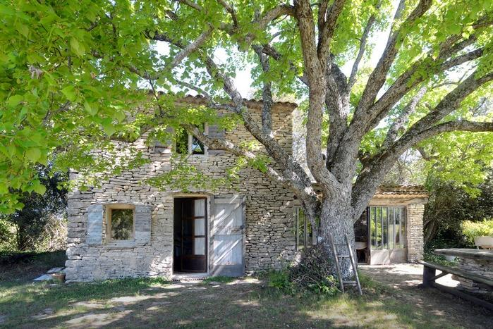 True Provencal Cottage in Luberon - Cabanon, holiday rental in Castellet