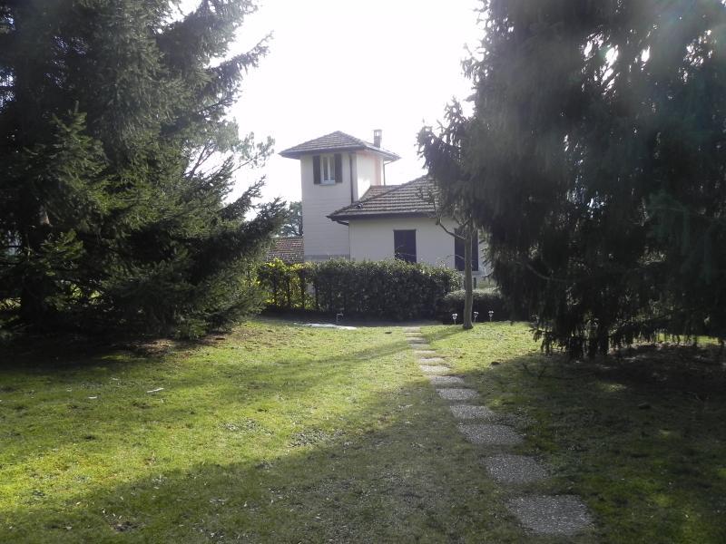 La torretta di Cernobbio Bed and Breakfast, location de vacances à Cernobbio