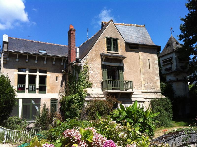 Loire Valley Loft medievale in una proprietà storica