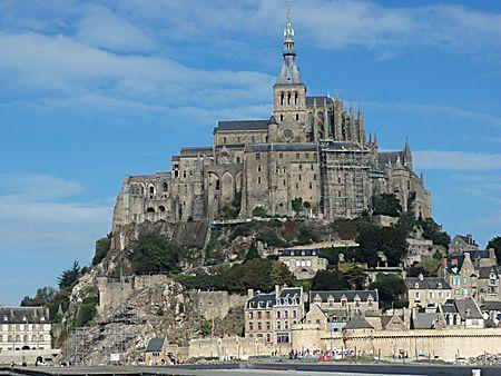 area: Le Lont Saint Michel