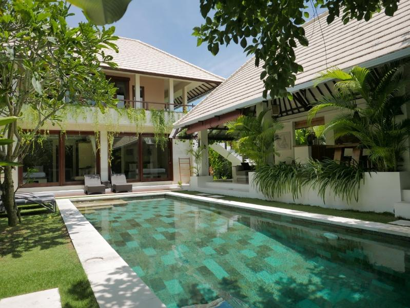 The Gorgeous Lane Villa