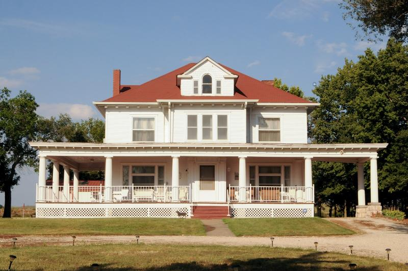 Keene Road Country Estate, holiday rental in Maple Hill