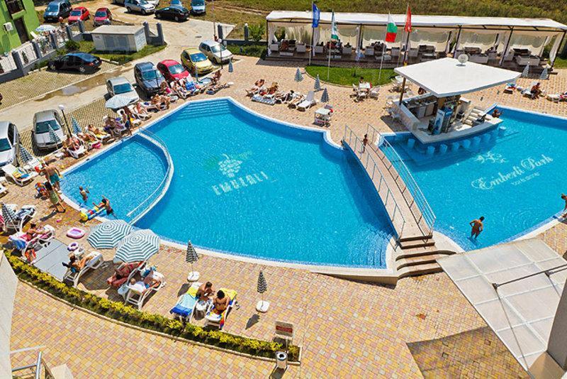 Emberli Aparthotel in Lozenets Beach Bulgaria, vacation rental in Ahtopol