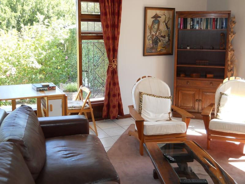 sitting room / lounge