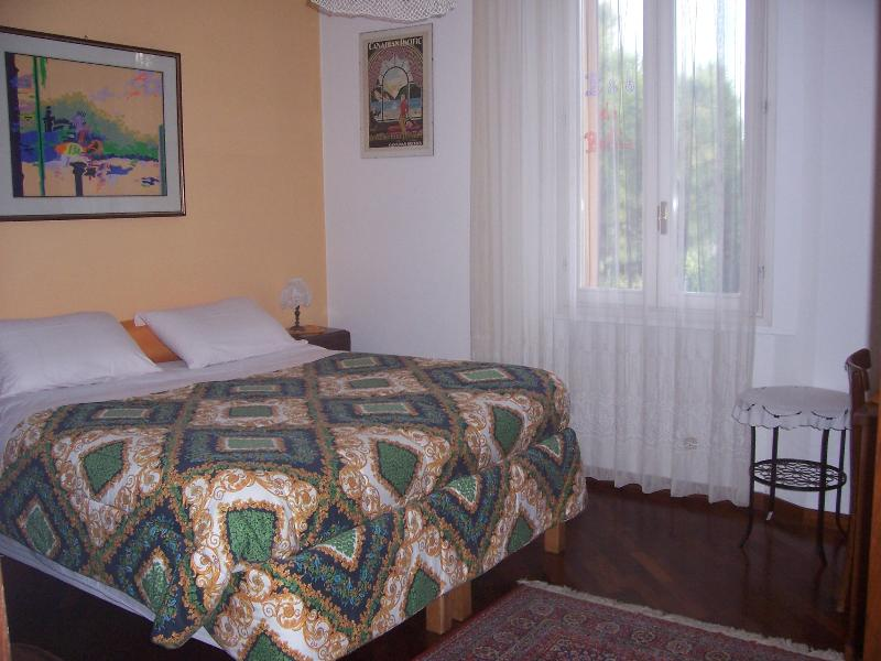 Sleeping room with king size