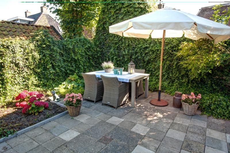 Holiday home Unia Zathe near Dokkum, private garden