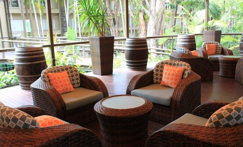 Meet up with friends in the lounge area or just relax