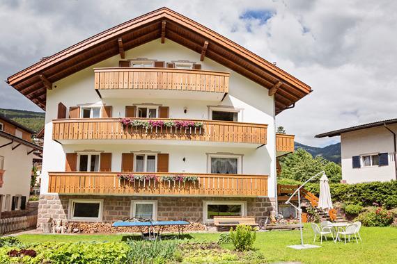 Villa Costa, Ferienwohnung in Seis am Schlern