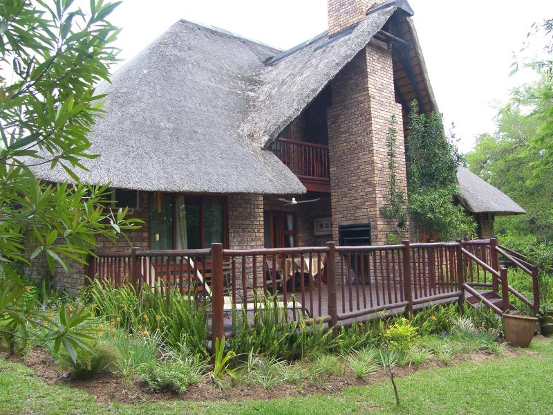 Kruger Park Lodge, chalet 226a, Shongwe Ingwe, Hazyview. Near the Kruger Park., vacation rental in Hazyview
