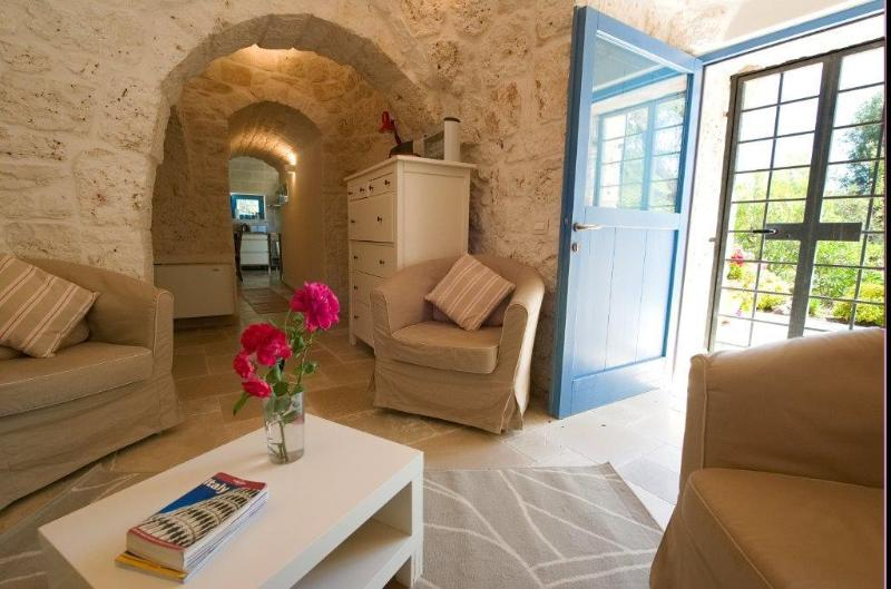 Comfortably furnished with modern outlook
