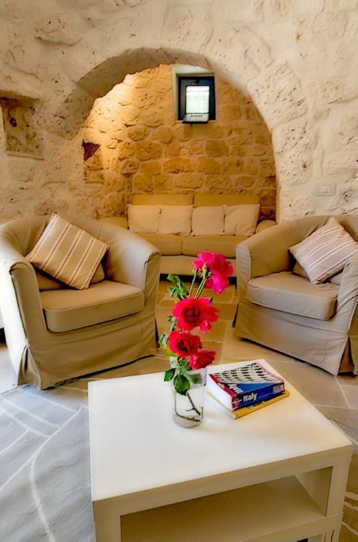 Spacious living space in 400 year old historic building