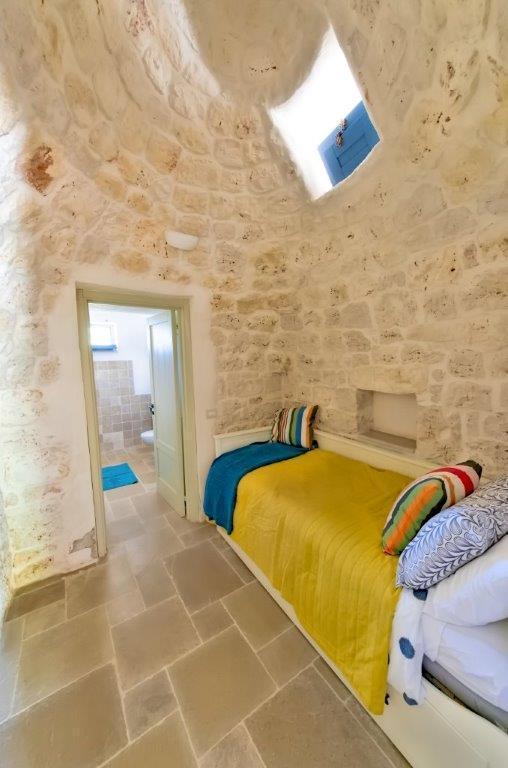 3rd bedroom as single with ensuite bathroom
