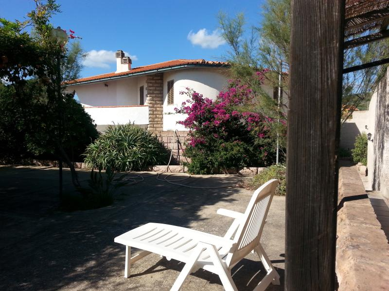 VILLA GABRIELLA, location de vacances à Bosa
