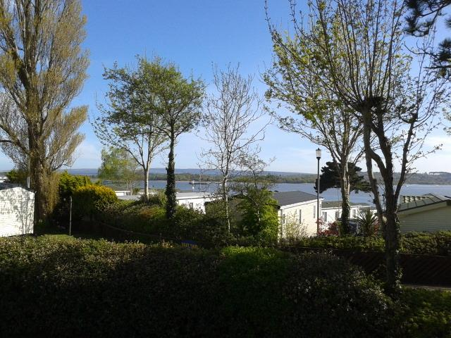 Two bedroom caravan in Poole with sea views.  Sleeps 6.  Parking and garden, location de vacances à Sandford